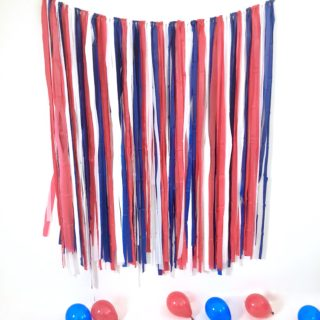 DIY Streamer Backdrop: 4th of July