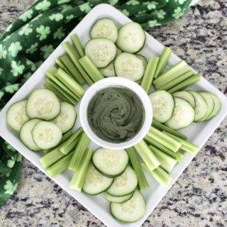 St. Patrick's Day: Veggie Tray with Green Hummus