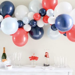How to Use Balloons to Wow Your Guests for the 4th of July