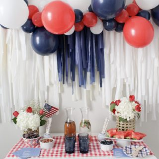 How to Throw a Festive 4th of July Party